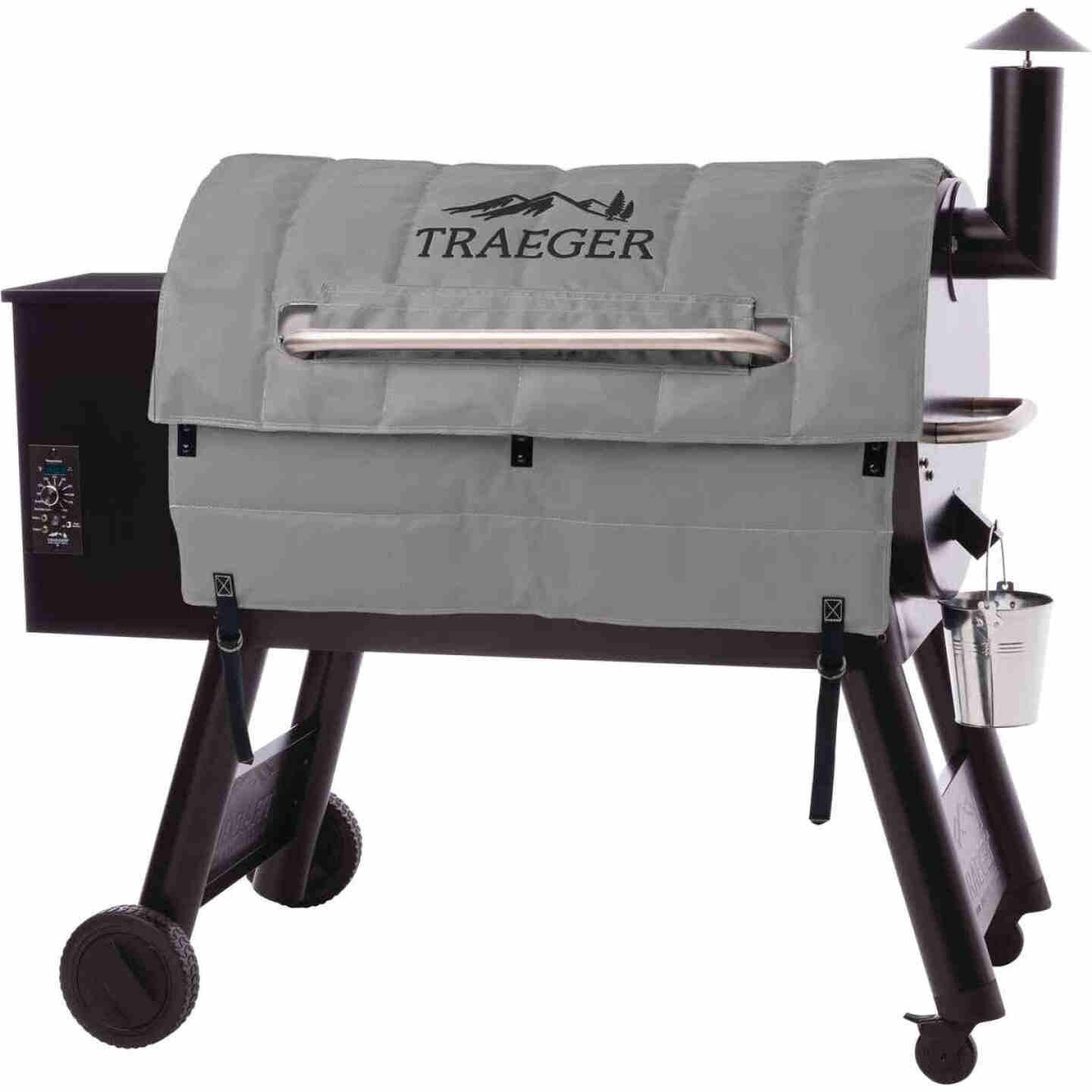 Traeger Pro 34 44 In. Gray Foil-Backed Heat-Resistant Fabric Insulated Blanket Grill Cover Image 1
